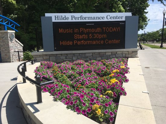 ‪Hilde Performance Center‬