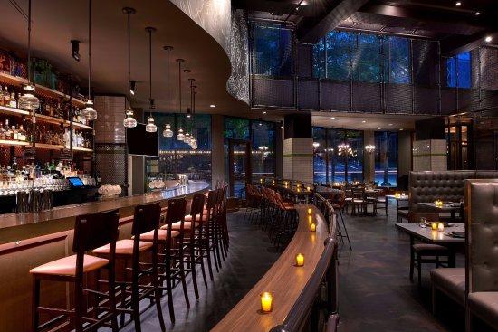 Kimpton Hotel Monaco Seattle: Outlier Bar