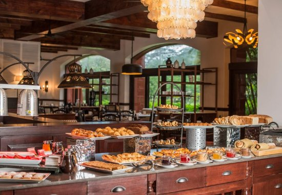 Los Suenos Marriott Ocean & Golf Resort: Hacienda Kitchen - Buffet