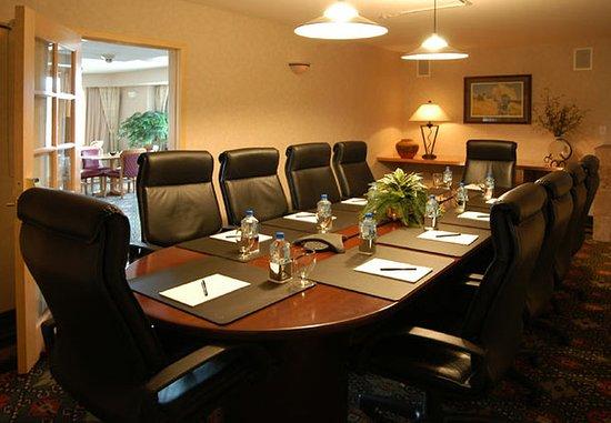 Boulder Marriott: Telluride Boardroom