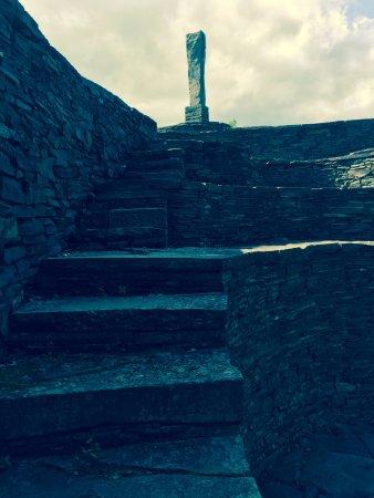 Opus 40 monolith