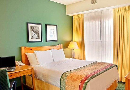 Irving, TX: Two-Bedroom Suite Bedroom