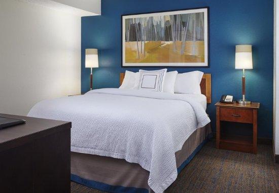 Earth City, MO: Suite Sleeping Area