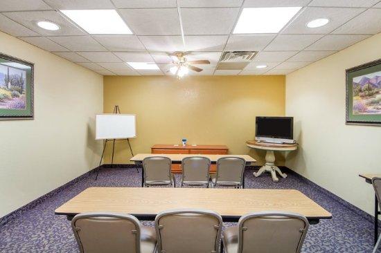Pryor, OK : Meeting
