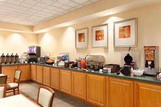 Bel Air, MD: Breakfast Room