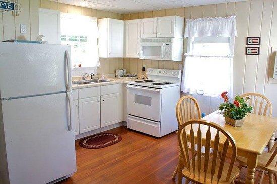 Edgewater Resort: Cottage