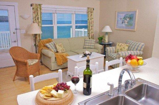 Edgewater Resort: EWRSuite