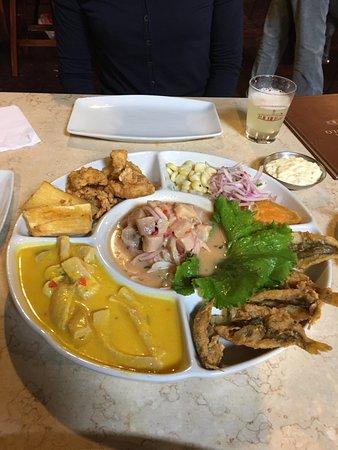 Antigua Taberna Queirolo : Prato com comidas típicas peruanas