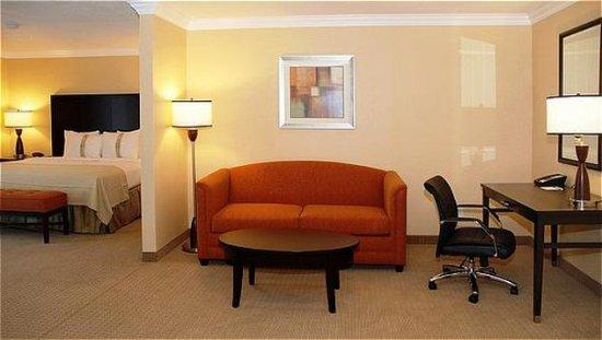 San Mateo, CA: Suite.