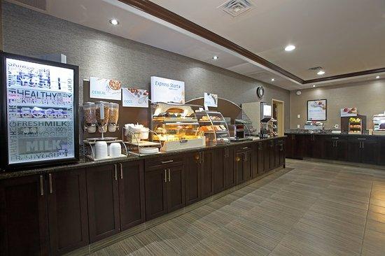 Vernon, Canada: Breakfast Bar