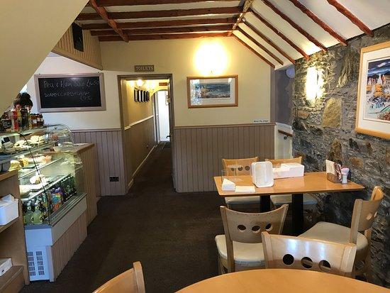 Shutters Licensed Restaurant: photo2.jpg