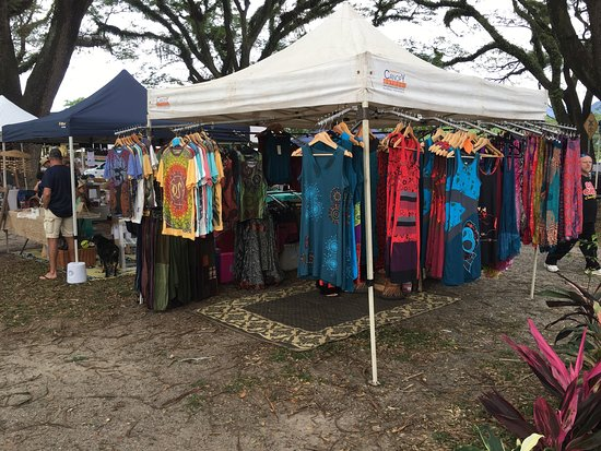 Mossman Saturday Market