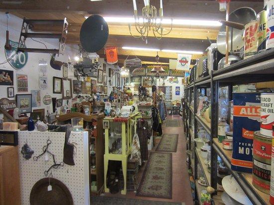 Cottonwood, AZ: Lots of stuff.