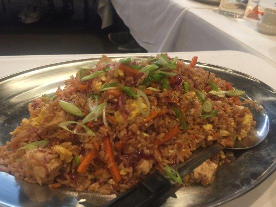 New Brighton, MN: Tofu Fried Rice