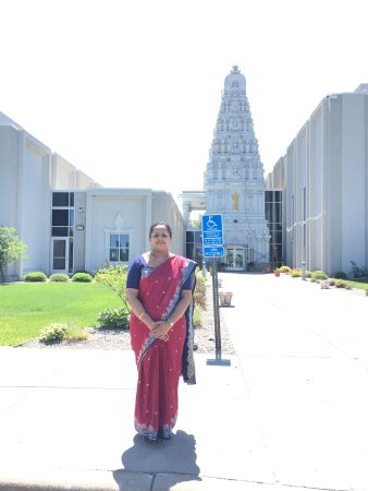Hindu Temple of Minnesota: photo2.jpg
