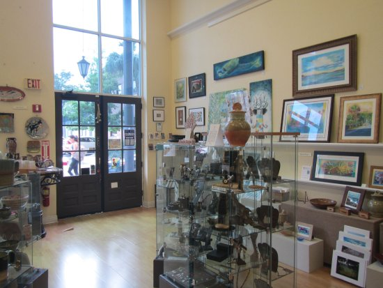 Gainesville, FL: Inside of the shop looking at the front