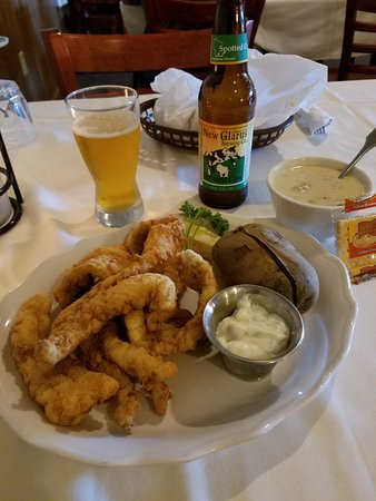 New London, WI: Fish, Baked Potato, and Clam Chowder