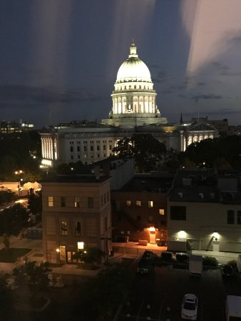 Wisconsin State Capitol: Awesome