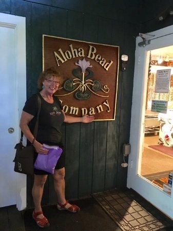 Paia, Hawaje: Entrance to Aloha Bead