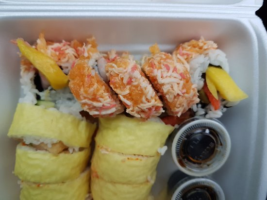 Opa Sushi: Special boston and volcano rolls