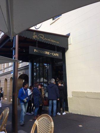 La Renaissance Cafe: photo1.jpg