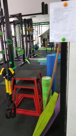 0d6ca2ebc5d8b You can find all equipment you need for a crossfit training. Best ...
