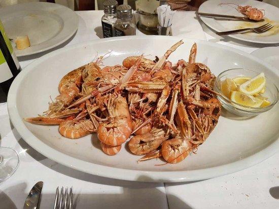 Restaurant Knezgrad: image-0-02-05-60a7162ee2ae4cbf6496a766470b66a4906f2d53c198c23f186bf58a7e1e62d3-V_large.jpg