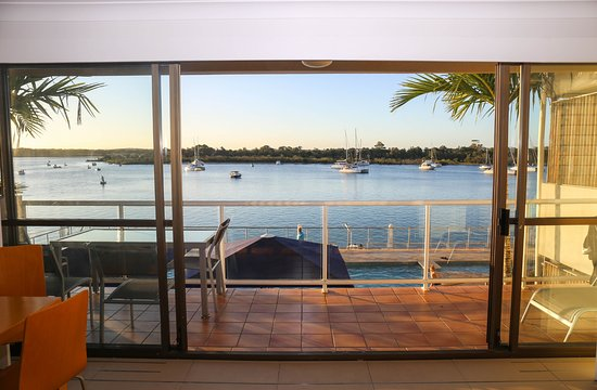 Noosa Shores Resort: View from a room on level 2
