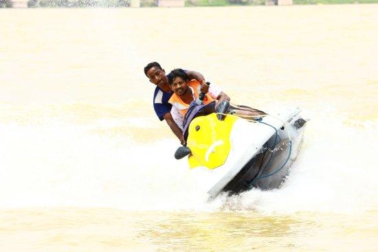 Bhavani Island - Champions Yacht Club: woowwwwww