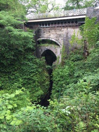Devil's Bridge (Pontarfynach), UK: Three bridges
