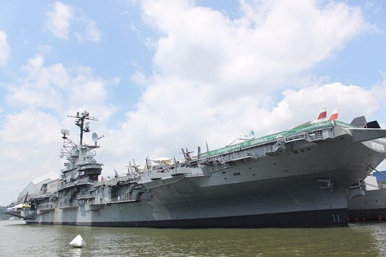 Portaerei picture of intrepid sea air space museum - Portaerei new york ...
