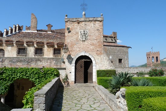 ‪Castello di Monselice‬
