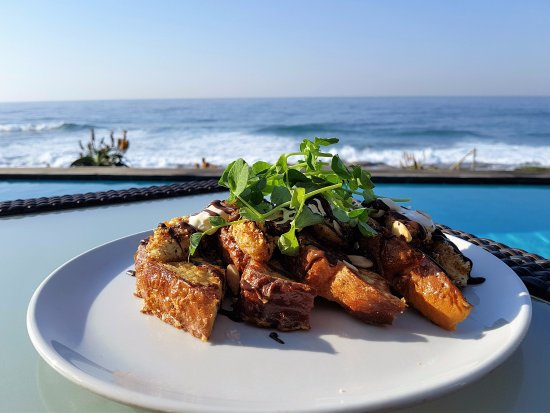 Salt Rock, Sudáfrica: Delicious breakfast with a view