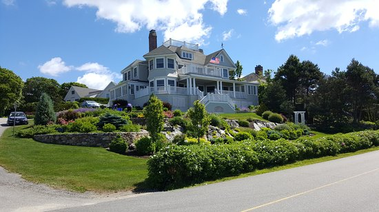 Kennebunkport, ME: beautiful summer home