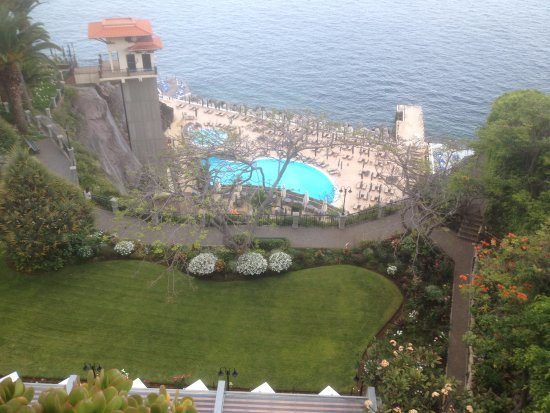 Hotel The Cliff Bay: View from Room 749