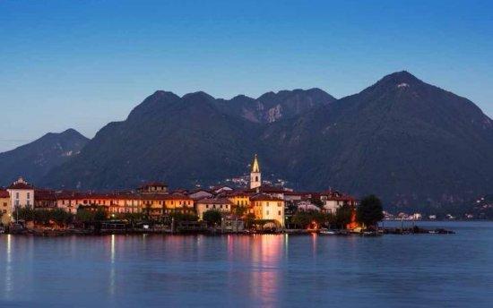 Isola Pescatori, Italy: Isola dei Pescatori al tramonto