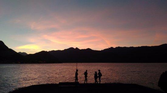 Isola Pescatori, Italy: tramonto sull'Isola dei Pescatori