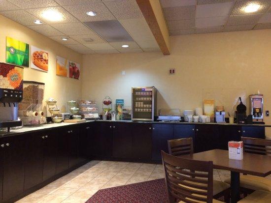 Quality Inn Shelburne: photo6.jpg