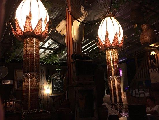 Hin Lek Fai Restaurant: photo2.jpg