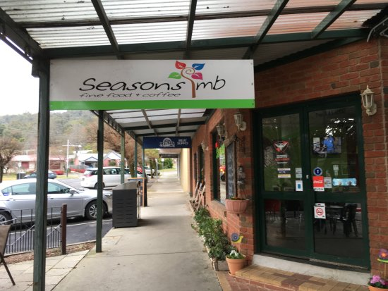 Mount Beauty, Australia: Seasons Cafe - Mt Beauty Vic