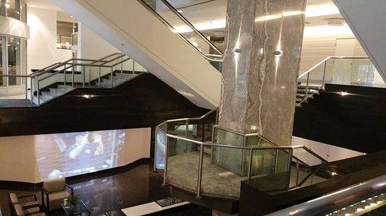 Hyatt Regency Toronto: Entrance