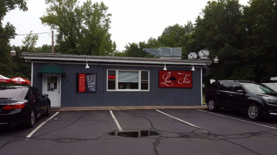 Enfield, CT: Restaurant Frontage