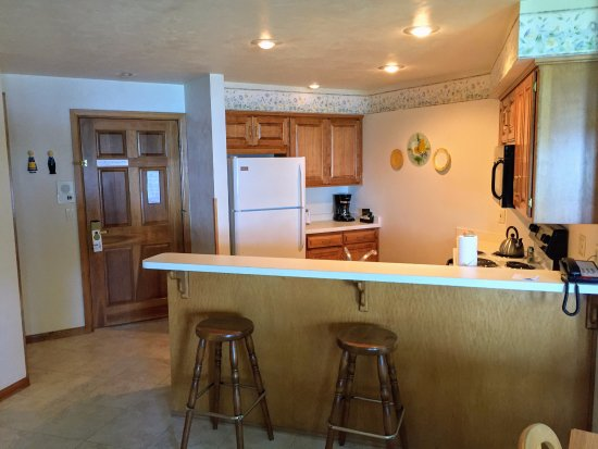 Full Kitchen Picture Of Glidden Lodge Beach Resort Sturgeon Bay Tripadvisor