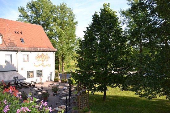 Biergarten Bild Von Hotel Gasthof Zum Bartl Sulzbach Rosenberg Tripadvisor