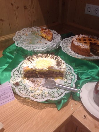 Rubner's Hotel Rudolf: Torte della merenda pomeridiana