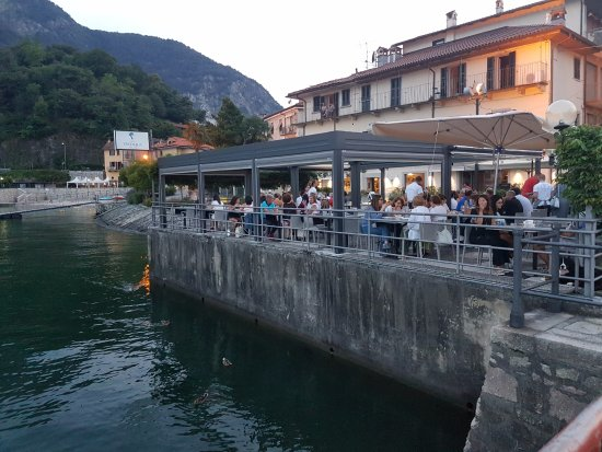 Feriolo, Italia: Restaurant from the public boat arrival.