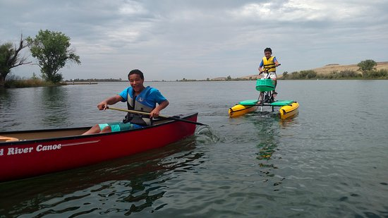 Oroville, Калифорния: Hydrobiking and Canoeing on the North Forebay