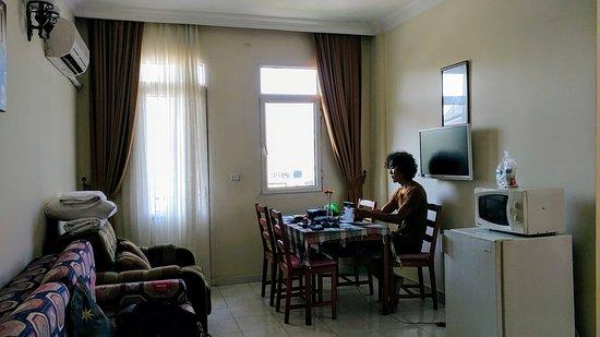 Caretta Apart Hotel: 20170704_173442_large.jpg