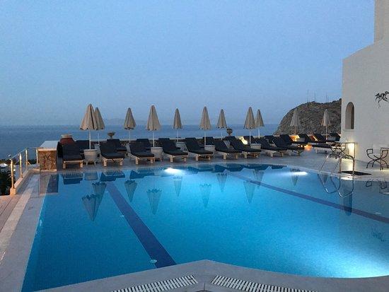 Epavlis Hotel: photo1.jpg