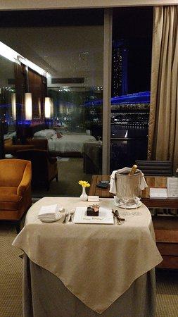 The Fullerton Bay Hotel Singapore: IMG-20170707-WA0007_large.jpg